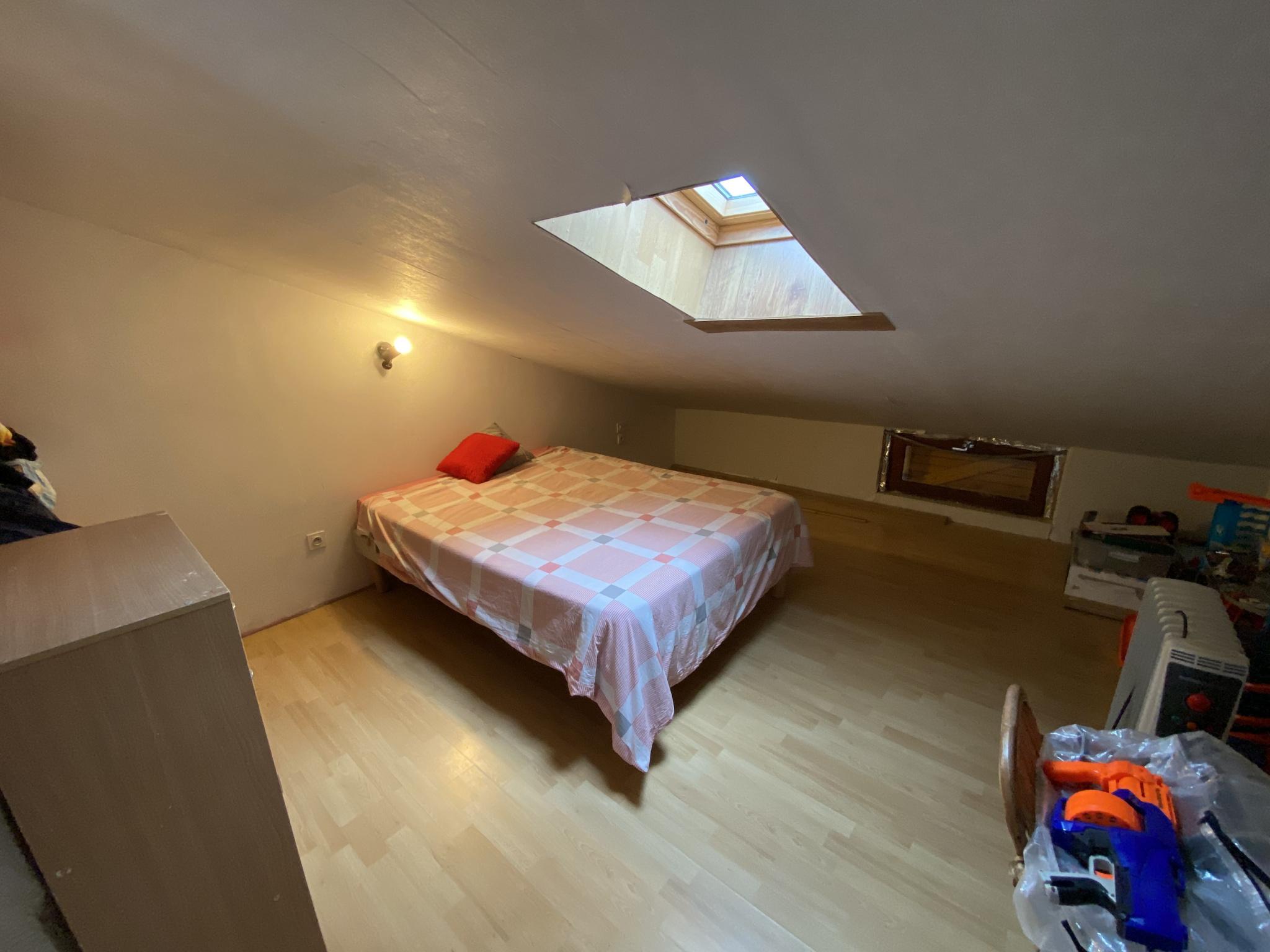 À vendre maison/villa de 90m2 à st genis des fontaines (66740) - Photo 14'