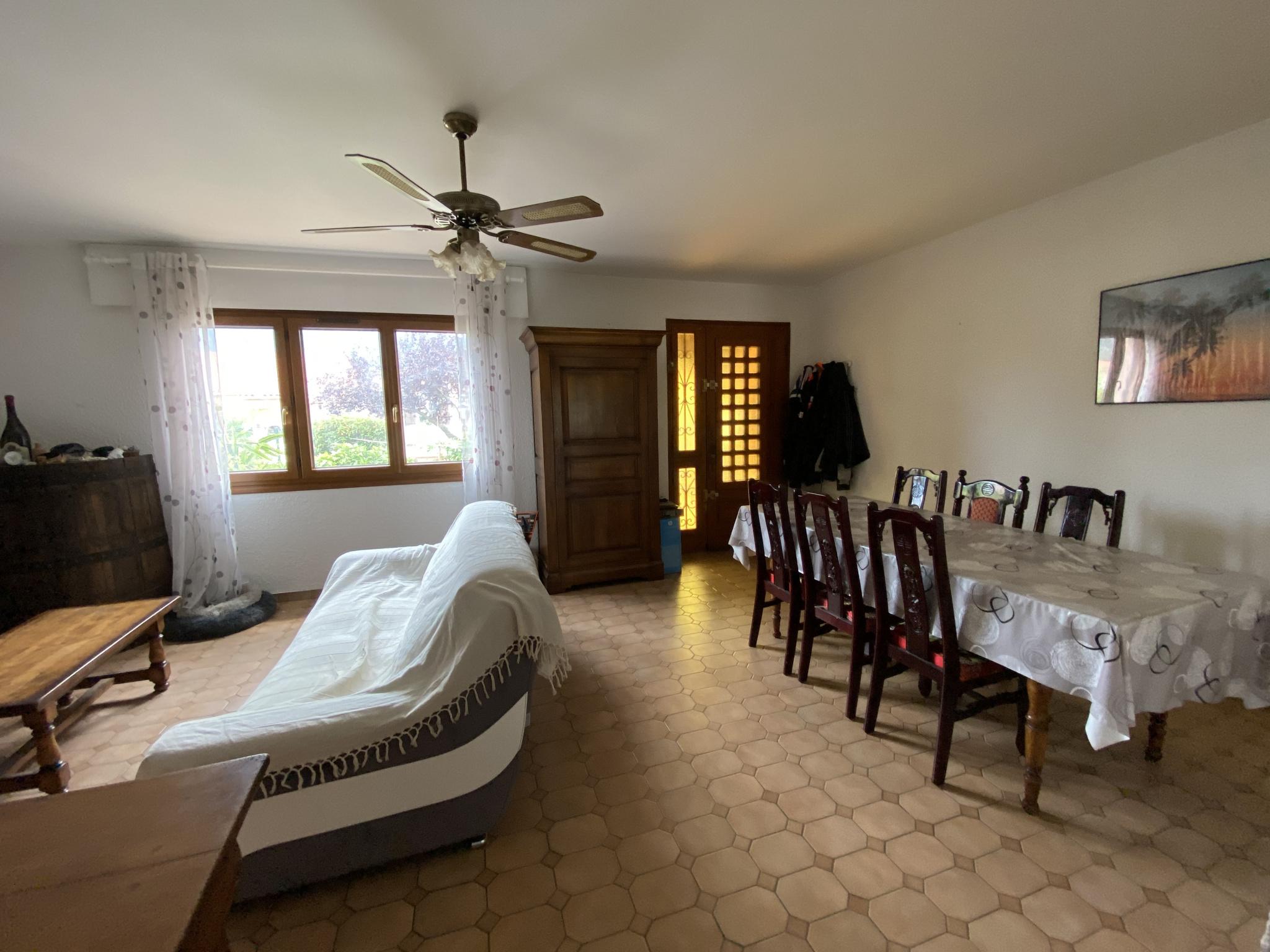 À vendre maison/villa de 90m2 à st genis des fontaines (66740) - Photo 3'