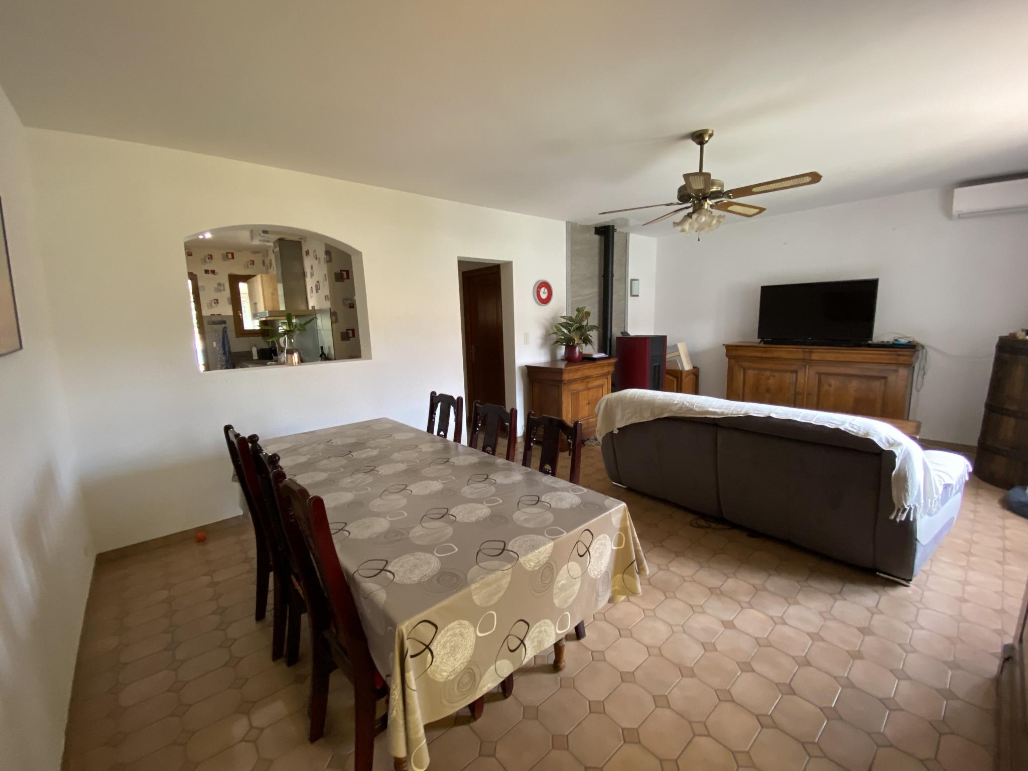 À vendre maison/villa de 90m2 à st genis des fontaines (66740) - Photo 5'