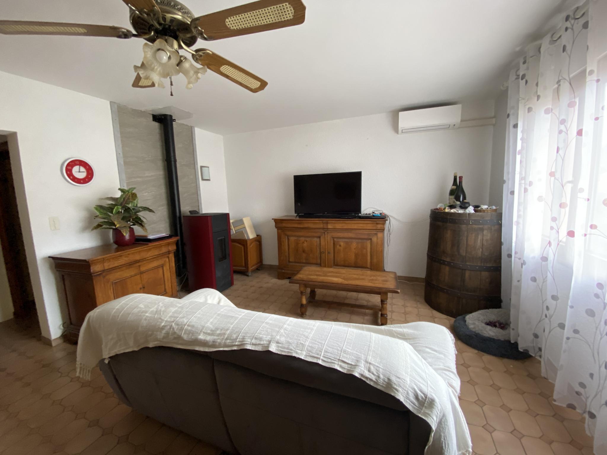 À vendre maison/villa de 90m2 à st genis des fontaines (66740) - Photo 2'