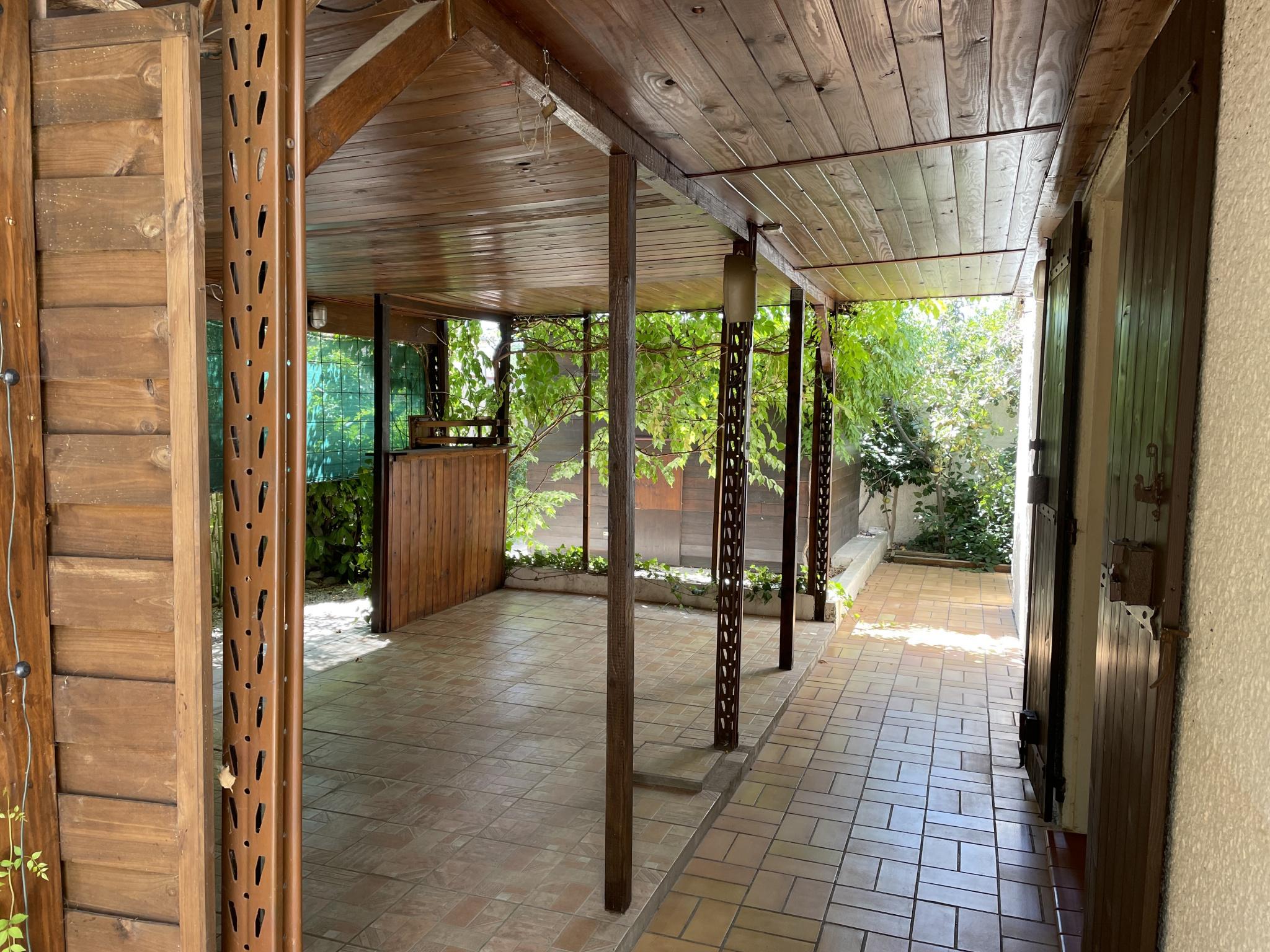 À vendre maison/villa de 100m2 à st genis des fontaines (66740) - Photo 10'