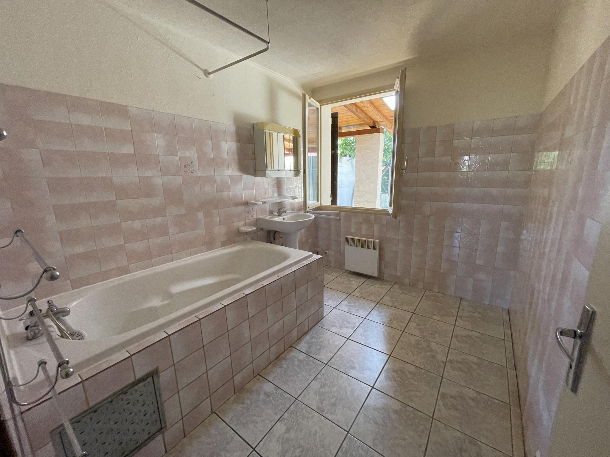 À vendre maison/villa de 100m2 à st genis des fontaines (66740) - Photo 17'