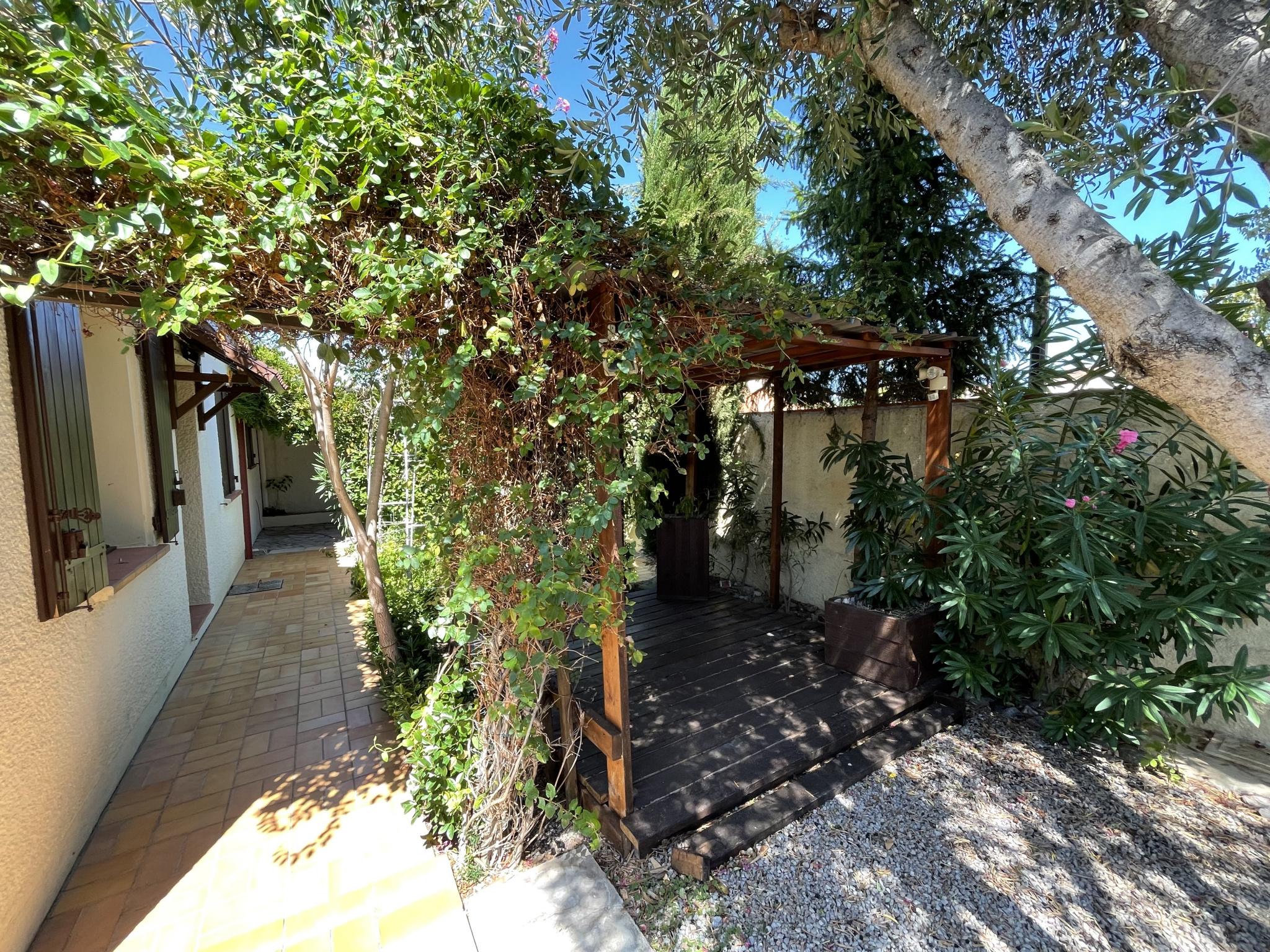 À vendre maison/villa de 100m2 à st genis des fontaines (66740) - Photo 0'