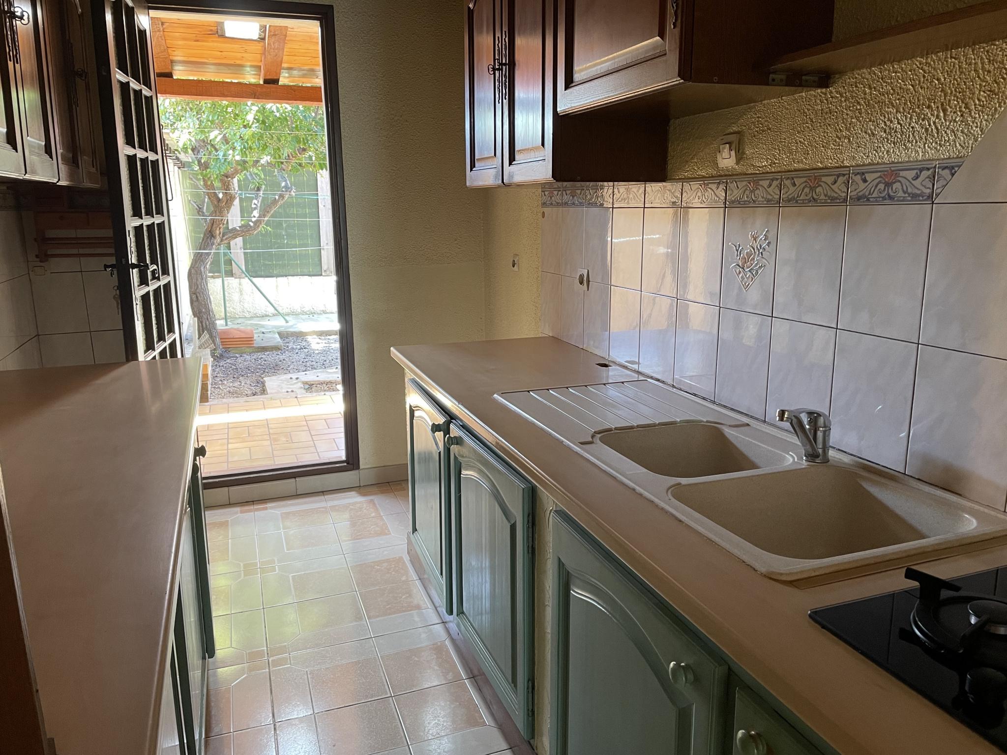 À vendre maison/villa de 100m2 à st genis des fontaines (66740) - Photo 14'