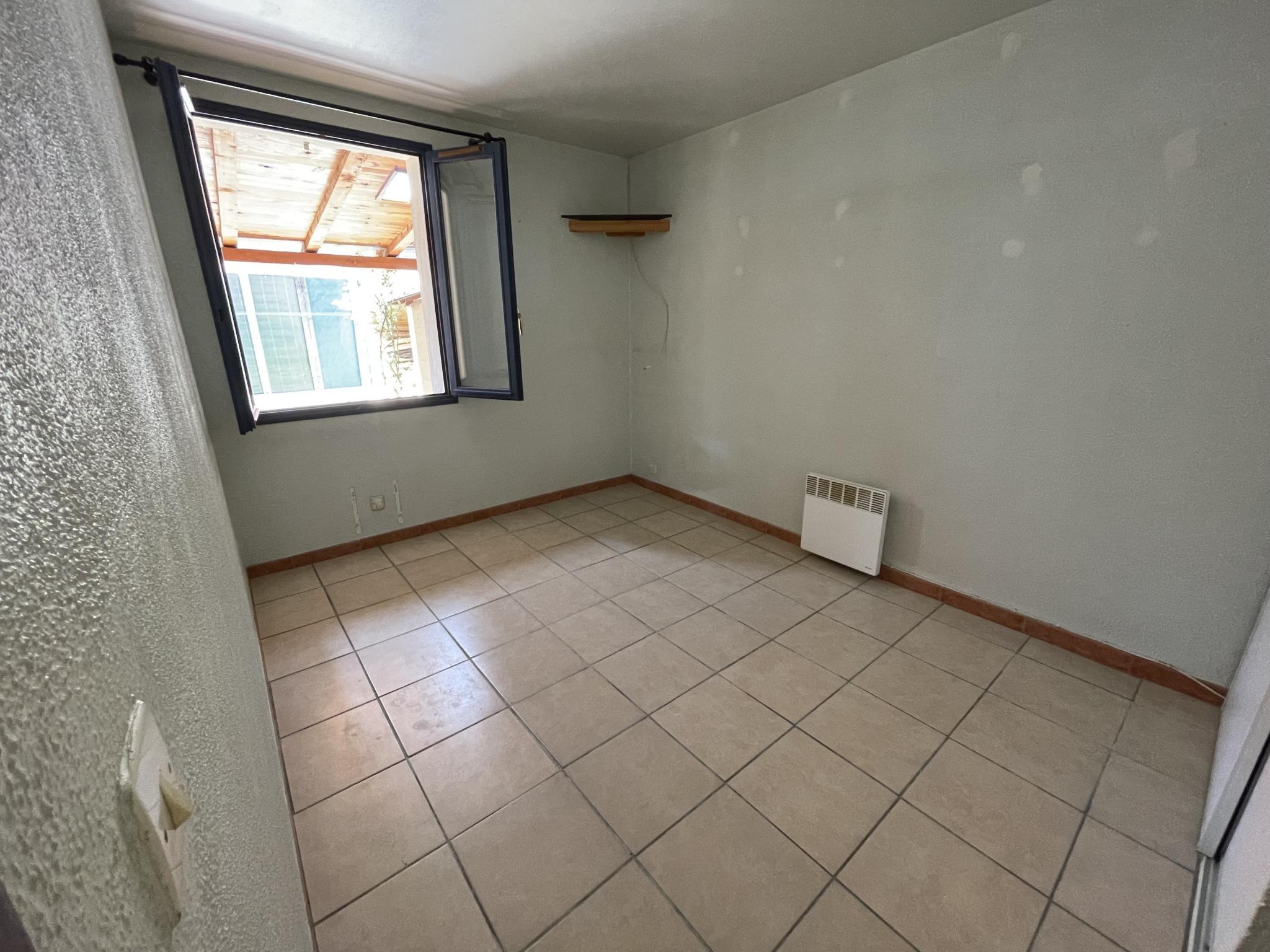 À vendre maison/villa de 100m2 à st genis des fontaines (66740) - Photo 21'